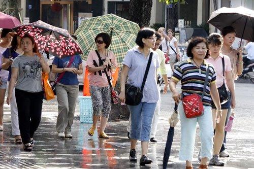 Du khách châu Á đến Việt Nam tăng mạnh