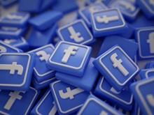 Lượt truy cập vào web Facebook giảm gần một nửa trong hai năm qua
