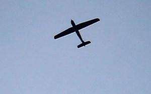 Phòng không Nga bắn rơi 2 thiết bị bay lao về căn cứ của họ ở Syria