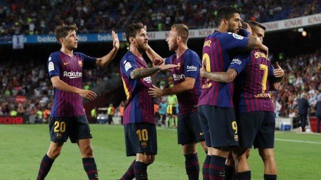 Messi lập cú đúp, Barca đại thắng ngày ra quân