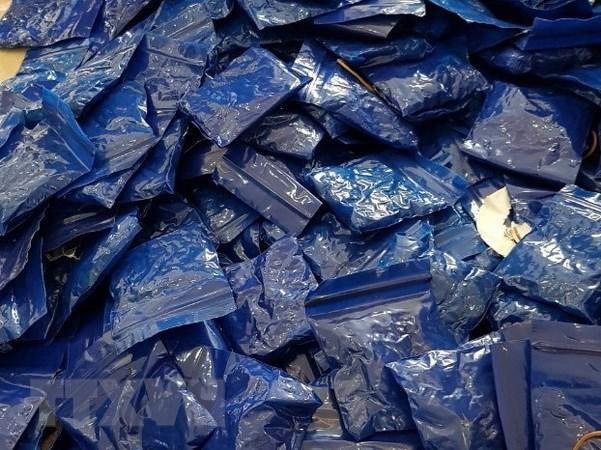 Bắt đối tượng vận chuyển trái phép hơn 65.000 viên ma túy tổng hợp