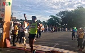 Hơn 1.500 vận động viên tham gia cuộc thi Bán Marathon tại Huế