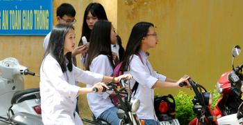 An toàn giao thông trước cổng trường: Nỗi lo đầu năm học mới