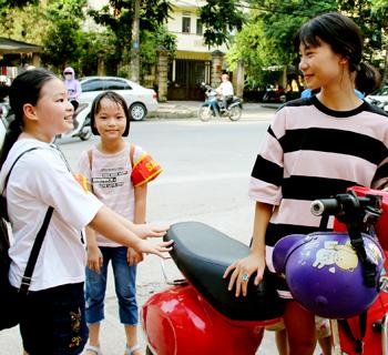 """""""Cổng trường an toàn giao thông"""": Hiệu quả ở thành phố Lạng Sơn"""