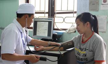 Phòng Khám Đa khoa khu vực Yên Bình: Tăng cường công tác chăm sóc sức khỏe nhân dân