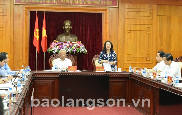 Phó Chủ tịch Quốc hội Uông Chu Lưu làm việc với Ban Thường vụ Tỉnh ủy Lạng Sơn
