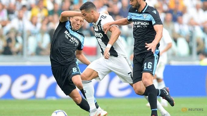 Ronaldo bùng nổ, Juventus đè bẹp Napoli 3-1