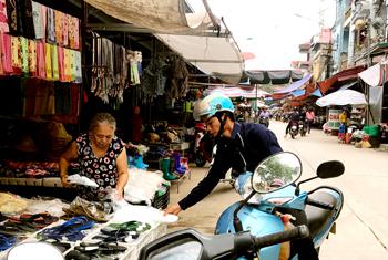 Lộc Bình: Khó giải tỏa hành lang đường bộ