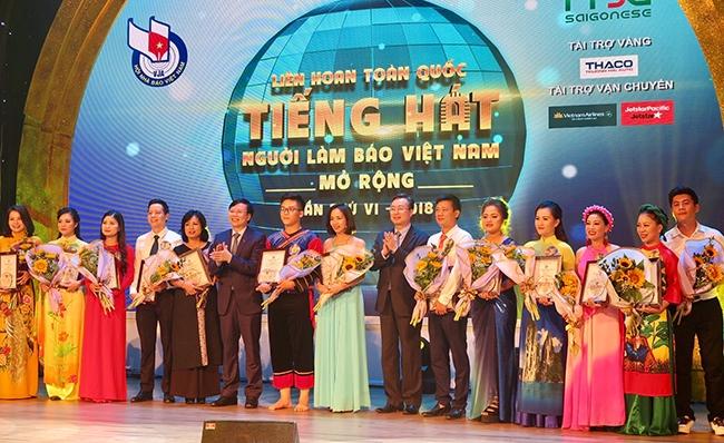 Liên hoan tiếng hát Người làm báo Việt Nam 2018 khu vực miền bắc