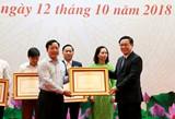 Tôn vinh 8 huyện, 38 xã và 30 hộ gia đình thoát nghèo