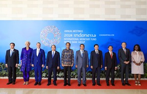 Vai kề vai giữa những người bạn ASEAN