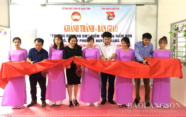 """Bàn giao """"Trường đẹp cho em"""" tại Tràng Định"""