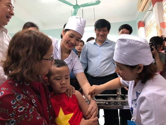 Tiêm bổ sung vaccine sởi - rubella cho hơn bốn triệu trẻ em