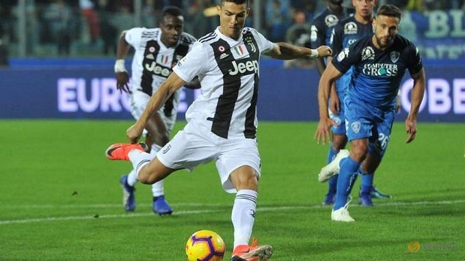 Ronaldo lập cú đúp, Juventus thắng nhẹ Empoli 2-1