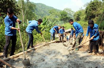 Phát triển Đảng trong thanh niên nông thôn: Khó khăn cần tháo gỡ