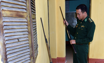 Đồn Biên phòng Bình Nghi: Tuyên truyền, vận động thu hồi vũ khí