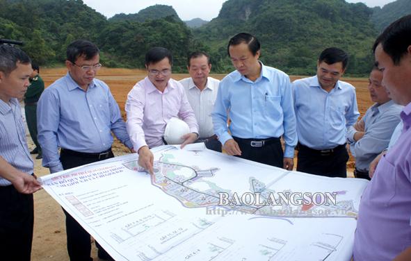 Chủ tịch UBND tỉnh kiểm tra các dự án giao thông trọng điểm tại khu vực cửa khẩu Tân Thanh