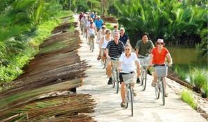 Du lịch Việt đã đón hơn 14 triệu lượt khách quốc tế