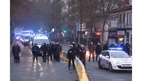 Pháp siết chặt an ninh tại Paris 