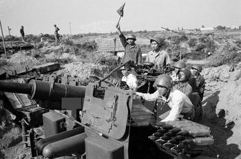 """""""Điện Biên Phủ trên không""""chiến thắng lịch sử oanh liệt"""