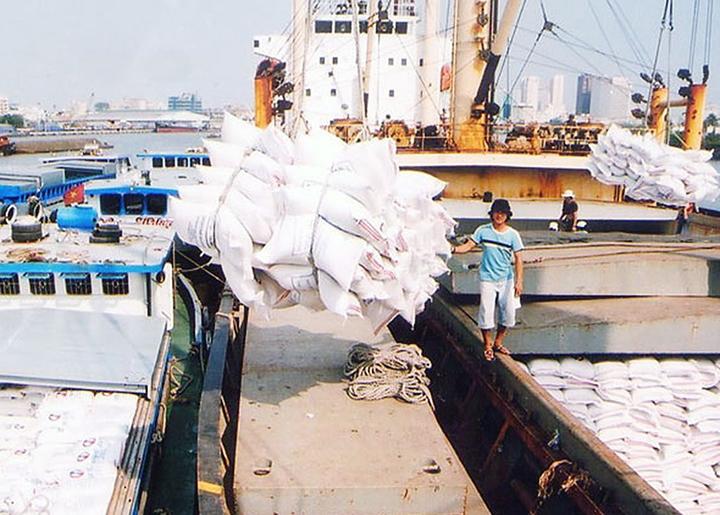 Xuất khẩu gạo chuyển biến mạnh về chất lượng và giá trị