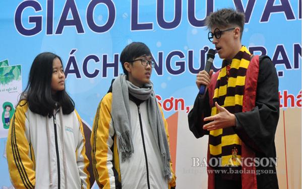 500 học sinh tham gia Chương trình giao lưu văn hóa đọc