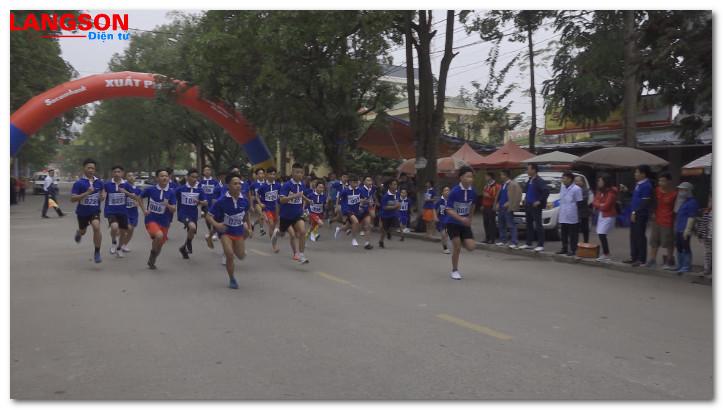 147 vận động viên tham dự giải việt dã