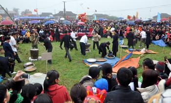 Lễ hội xuân: Đậm nét văn hóa, hút khách tham quan