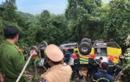 Xe khách lao xuống vực trên đèo Hải Vân, 23 người gặp nạn