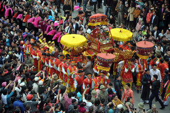 Nghiên cứu giải pháp thúc đẩy phát triển du lịch văn hóa tâm linh