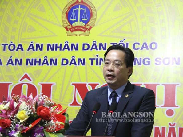 Tòa án Nhân dân tỉnh đón nhận Cờ thi đua của Chính phủ