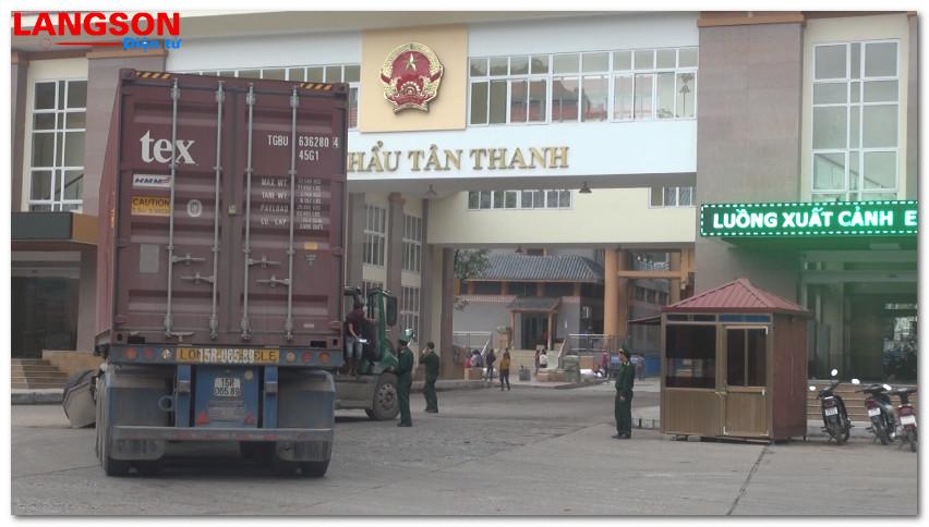 Kim ngạch xuất nhập khẩu tăng 25%