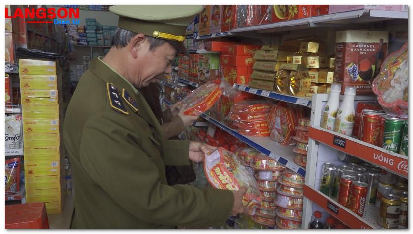 Kiểm tra vệ sinh an toàn thực phẩm 415 cơ sở kinh doanh dịp Tết Nguyên đán