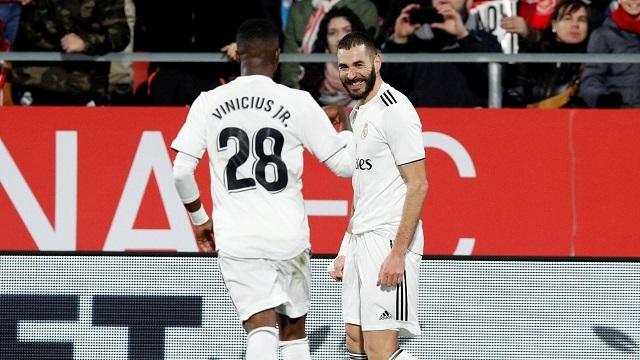 Benzema lập cú đúp, đưa Real vào bán kết Copa del Rey