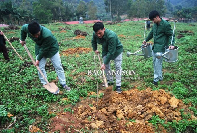 Lạng Sơn: 14 học viên tại cơ sở cai nghiện bỏ trốn trong dịp tết