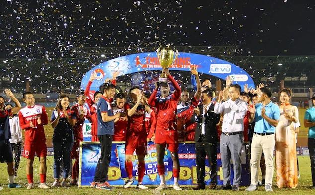 Tập đoàn điện tử Asanzo tài trợ CLB bóng đá Than Quảng Ninh 20 tỷ đồng