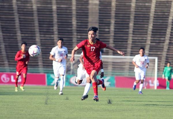 U22 Việt Nam lội ngược dòng thắng U22 Philippines 2-1