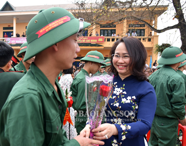 Lạng Sơn: 11 huyện, thành phố tổ chức giao nhận quân