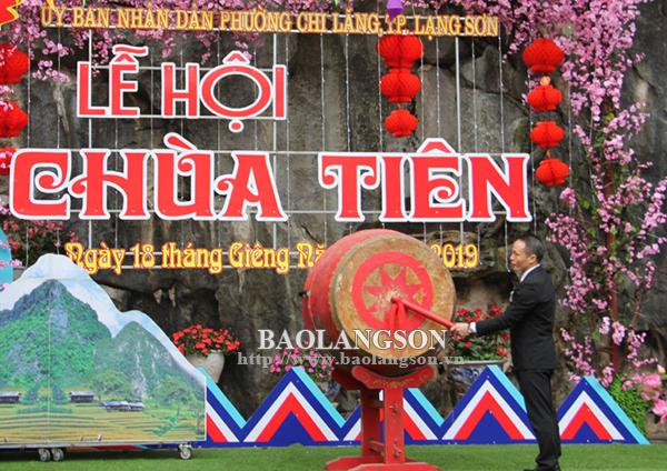 Khai mạc Lễ hội Chùa Tiên