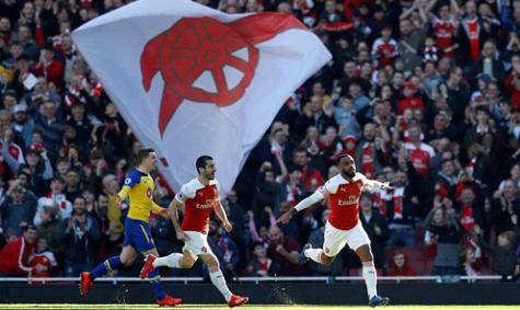 Hạ Southampton, Arsenal trở lại top 4
