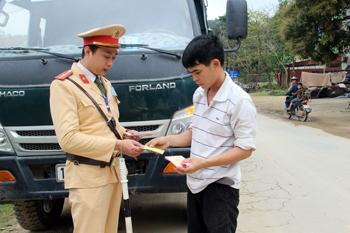 Chi Lăng chú trọng đảm bảo trật tự, an toàn giao thông