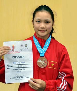 Nữ vận động viên trẻ tiêu biểu