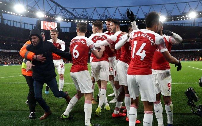 Arsenal xuất sắc đánh bại Man United 2-0