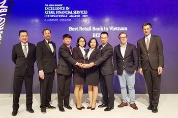 BIDV được vinh danh là ngân hàng bán lẻ tốt nhất