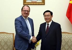 OECD muốn mời Việt Nam tham gia 'Chương trình quốc gia'