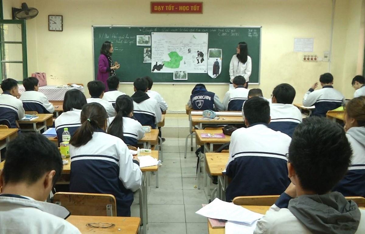 Bạo lực học đường: Quan điểm lạc hậu và lỗ hổng nhận thức pháp lý