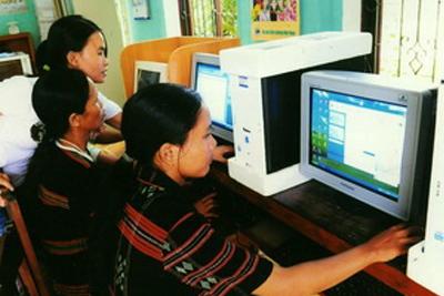 Tăng cường ứng dụng CNTT hỗ trợ đồng bào dân tộc thiểu số phát triển KTXH