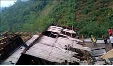 Tuyên Quang: 94 nhà dân bị tốc mái do mưa kèm gió lốc