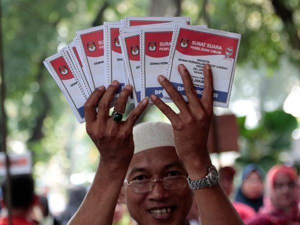 Indonesia bắt đầu bầu cử tổng thống và cơ quan lập pháp các cấp