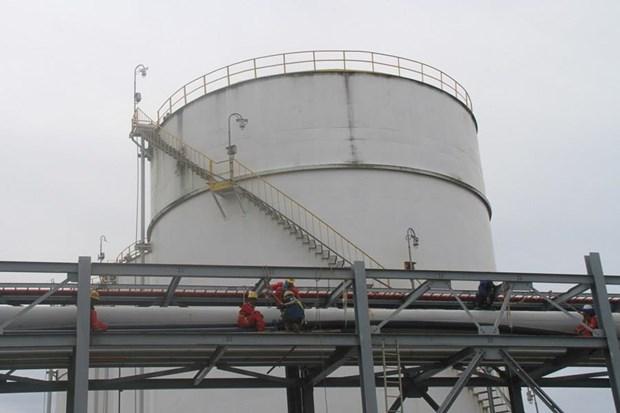 Nhập khẩu dầu thô của Việt Nam tăng hơn 28 lần trong quý đầu năm